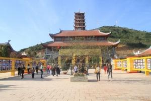 Những ngôi đền chùa đẹp khi tham quan Nghệ An vào dịp Tết 2019